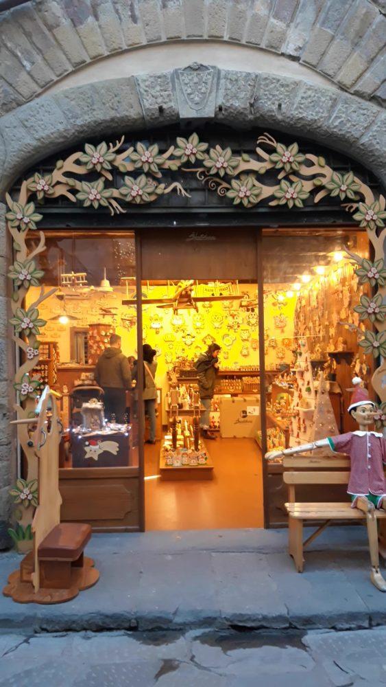 木製玩具 バルトルッチのイタリア店舗